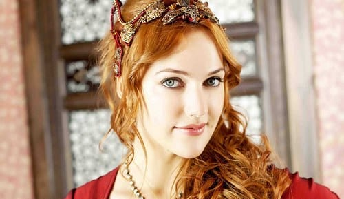 لیست محبوب ترین بازیگران زن ترکیه
