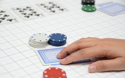 امتیازات بازی پوکر آموزش چگونه امتیازات بازی پوکر را یاد بگیریم