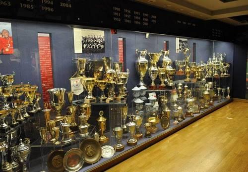 سرخ ها لقب تیم اول شهر منچستر